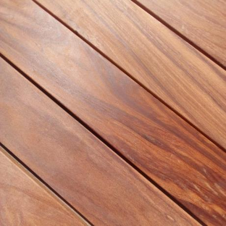 140 x 19mm Smooth Cumaru Hardwood Decking