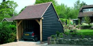 1-Bay Oak Framed Garage with Stained Weatherboard