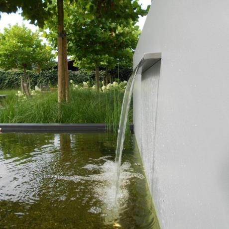 ADVM1 - Adezz Aluminium pond mounted water feature / water fall / garden landscape metal fountain