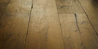 Tumbled & Cracked Bespoke Flooring