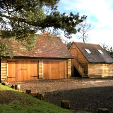 Oak Framed Garage Complex with Storage Area & First Floor Building