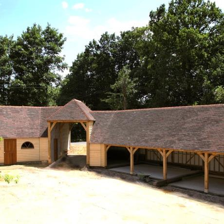 Oak Framed Garage Complex Building with Storage & Living Areas