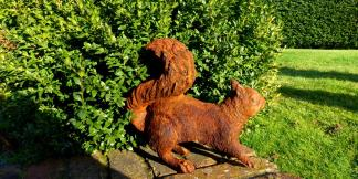Cast Iron Garden Statues; Foraging Squirrel