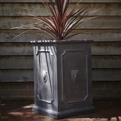 Faux Lead Clayfibre Tall Lion Head Square Box Garden Planter