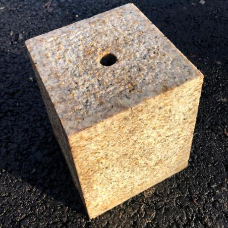Granite Staddle/Settle/Pad Stone Building Support Accessory without Steel Rod