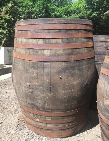 Scottish Oak Whisky Puncheon Barrel Garden Bar Table Top Feature