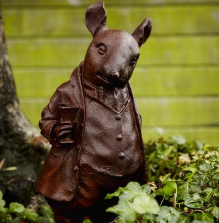 Mr. Ratty | Pair of Cast Iron Woodland Creature Animal Garden Statues Features Sculptures