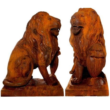 Pair of Cast Iron Proud Lion Safari Animal Garden Statues Features Sculptures