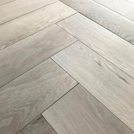 Unfinished Herringbone Oak Parquet Timber Wood Flooring